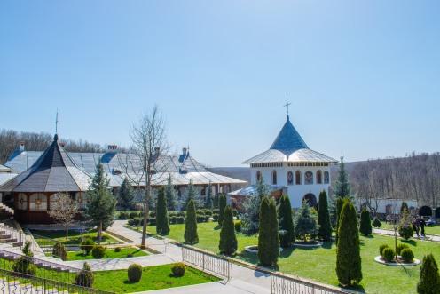 Manastirea Bujoreni_Ionut Teoderascu-2